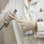 Médico (Foto: Pixabay)