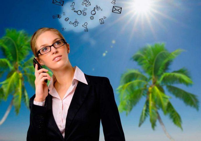 Trabajo en vacaciones: Freelance en la playa (Pixabay)